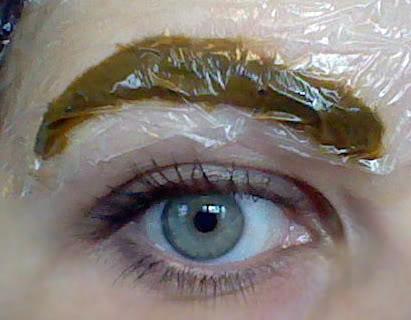 Как покрасить брови хной