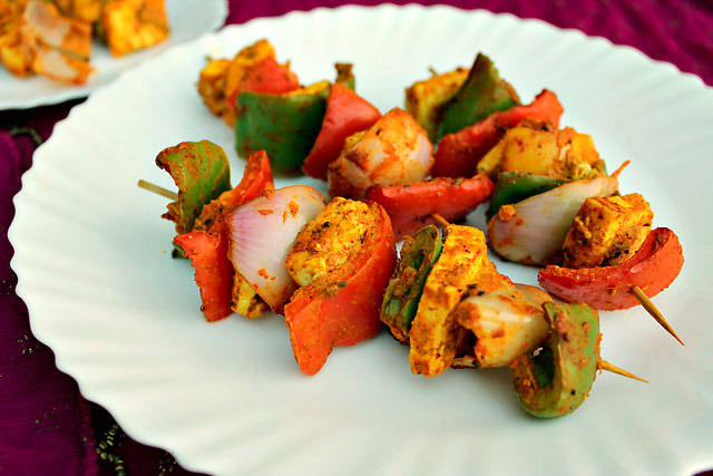 Панир и овощи тандури